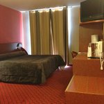 Room 667 - wheelchair room