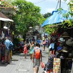 short stroll to ubud markets!