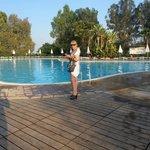 Ottima la zona piscina