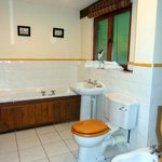 Jacuzzi bath, bidet and shower cubicle
