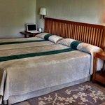 Room twin beds
