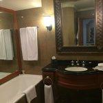 Bathroom 605