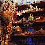 Гастроном ресторана 'Пушкинист', здесь можно выбрать разные деликатесы  и как съесть их в рестор