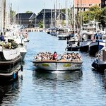 A cosy tour in the canals of Copenhagen