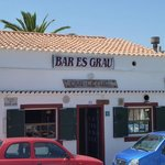 Es Grau local restaurant