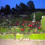 The gorgeous gardens….full of roses….topiary….