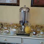 Le choix de miel au petit déjeuner. Impressionnant!