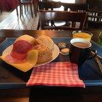 Ontbijt/Breakfast from the buffet