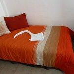 cama individual en cada habitación