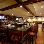 Colonial Grille Bar