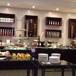 Mixx buffet service