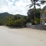 spiaggia e camere vista mare