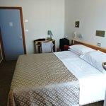 Photo de Hotel Brig