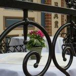 Outdoor dining at the Palace Bar