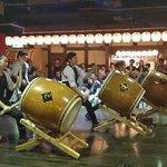 授業員の太鼓ショー