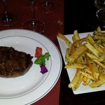 Ojo de bife com batata provencal