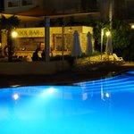 Bar przy basenach