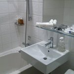 ダブルルールのバスルーム