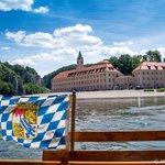 Mit einer kleinen Donauzille auf der Donau unterwegs