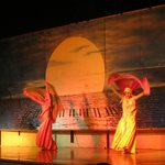 spettacolo serale di danza