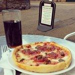 Enjoying a fabulous pizza in the sun :)