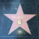 Easy walk to Hollywood Blvd.