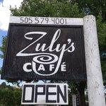 Zuly's Cafe