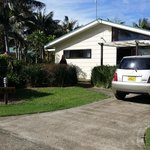 Ikes Cottage & inclusive rental car