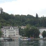 Evian vue à partir du lac