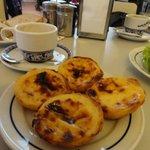 Pasteis de Belem - get some to go too