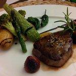 Filet de bœuf et légumes frais