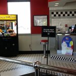 Steak and Shakes entrance