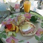 Egg benadict with crabmeat