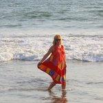 gusty winds-play in ocean