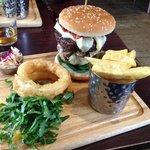 The Ultimate AL-Burger (£13.50)
