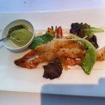Friture de crevettes nobashi et cheveux d'ange « Coulis de yaourt et avocat au wasabi »