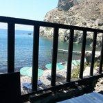 Vista della spiaggetta dalla taverna