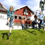 Children playing in the garden /Photo: Geir Olsen