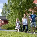 Family at the hotel /Photo: Geir Olsen