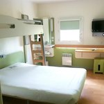 Photo of Ibis Budget Courbevoie Paris la Defense 1