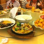 Ostra, frutos do mar e lula empanada