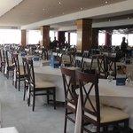 Ресторан перед обедом