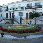 Plaza de la Fuente de  La Niña de Benalmádena