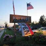 ‪Haywire Burger Bar‬