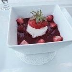 Soupe de fraise sorbet coco