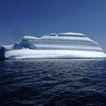 Iceberg outside British Harbour