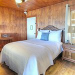 Sleep like a King in our Malibu Retreat Suite