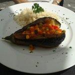 Sehr feine Aubergine mit Gemüsefüllung