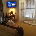 Room 1 - Sunken bath in the room
