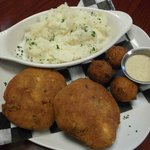 Fried Crabcake platter